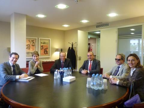 Foto de la reunión de la plataforma del tercer sector con el consejo general de la abogacía
