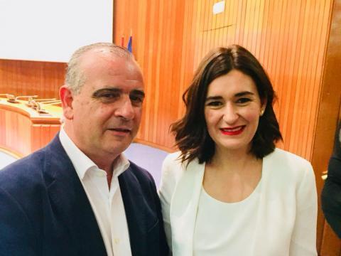 Foto del presidente de la PTS con la nueva ministra