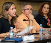 Sesión sobre la Ley del Voluntariado. Patricia Sanz, Emilio López Salas y Mar Amate.