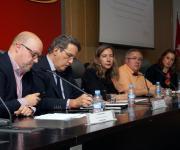 Sesión sobre la Ley del Voluntariado. Carlos Capataz, Pablo Benlloch, Patricia Sanz, Emilio López Salas y Mar Amate.