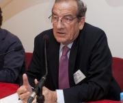 Paulino Azúa (ICONG), firma convencio entidad colaboradora.